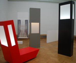 Black, White, two Gray to Red, Lichtinstallatie _ objecten, Plexiglas en Forex